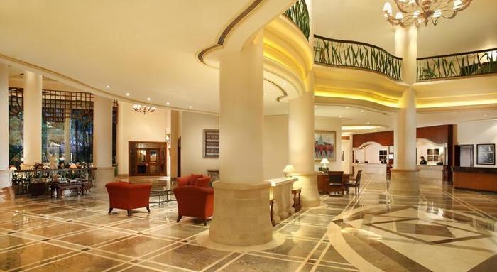 Hotel Melia Purosani Yogyakarta - Lobi