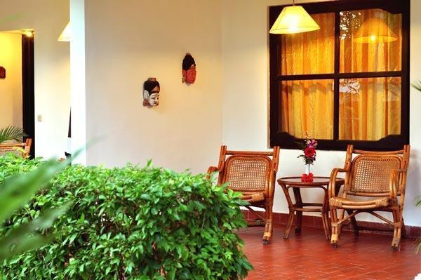 Sari Bunga Hotel Bali - bALCONY
