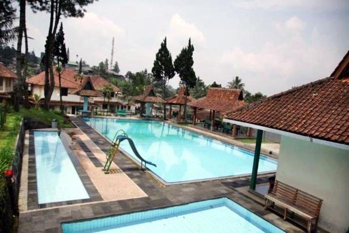 Hotel Ever Green Village Bogor - Kolam Renang