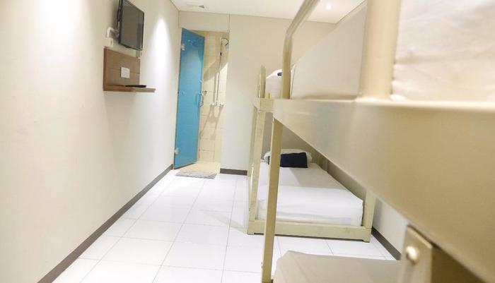 Subwow Hostel By Willson Hotel Bandung - Bunk Bed