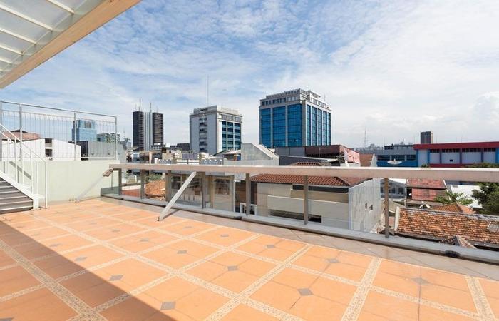 RedDoorz near Gajah Mada Plaza Jakarta - Eksterior