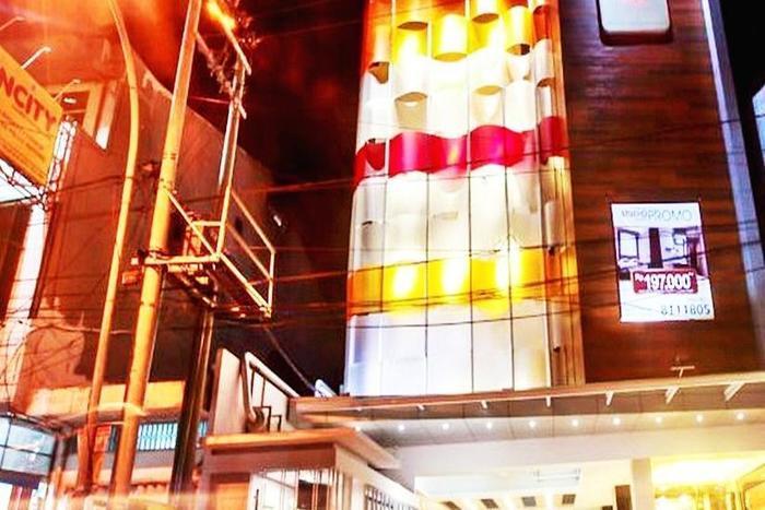 Favor Hotel Makassar - Tampilan Luar Hotel