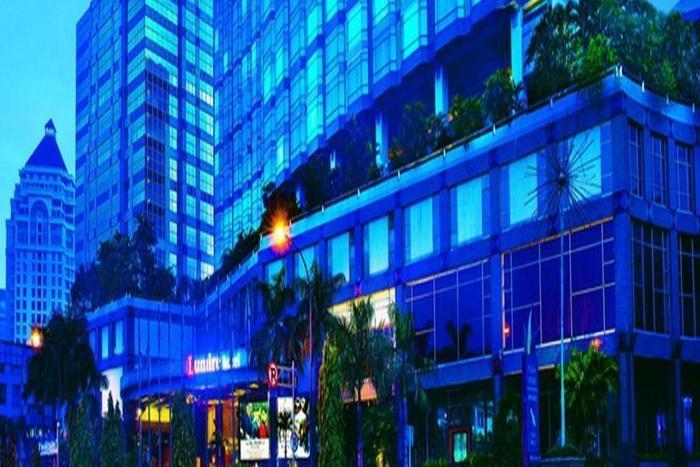 Lumire Hotel Jakarta - Tampilan Luar Hotel
