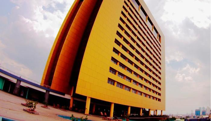 Merlynn Park Hotel Jakarta - Bangunan hotel