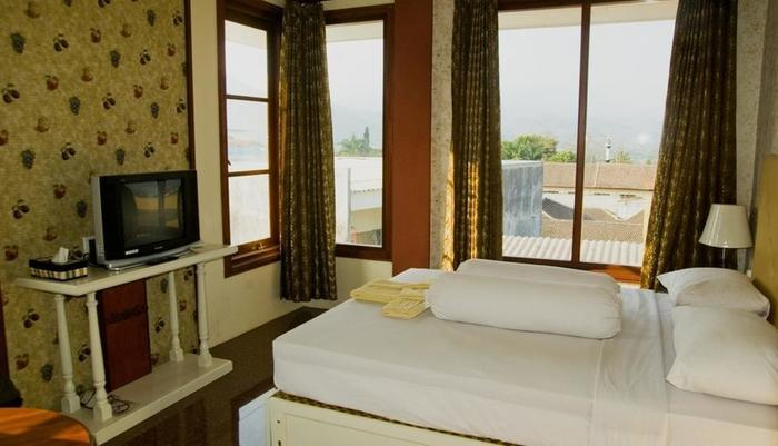 Villa Family Hotel Gradia Malang - Kamar Exclusive