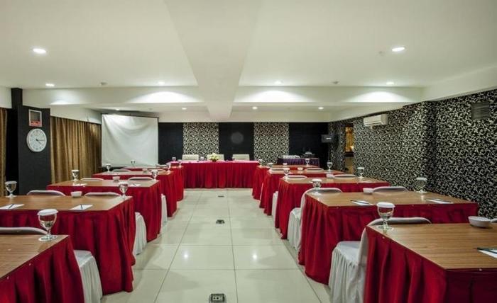 D'Batoe Hotel Bandung - Ruang Rapat