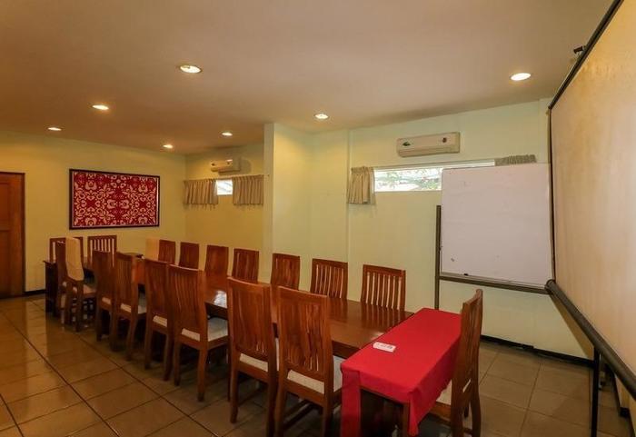 NIDA Rooms Istana Medan Baru - Ruang Rapat