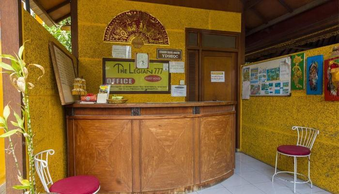 RedDoorz @Patimura Legian 2 Bali - Resepsionis