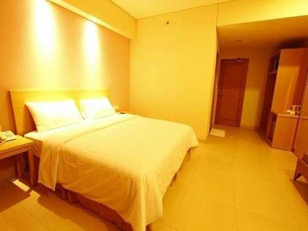 Laprima Hotel Flores -