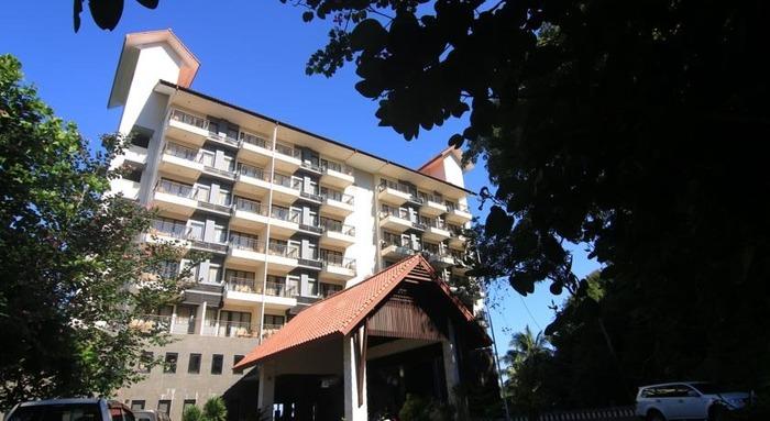Laprima Hotel Flores - Appearance