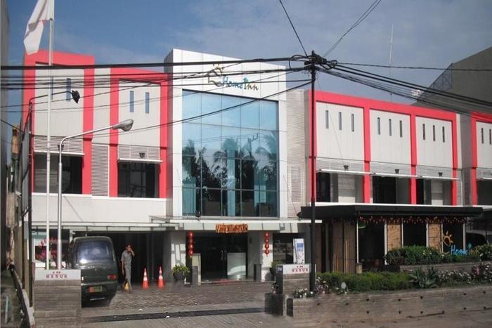 Home Inn Palembang - Tampilan Luar Hotel