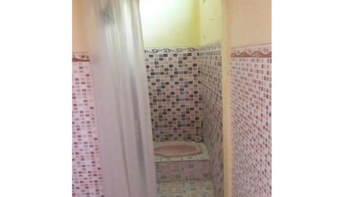 Kunden Kost Blora - Bathroom