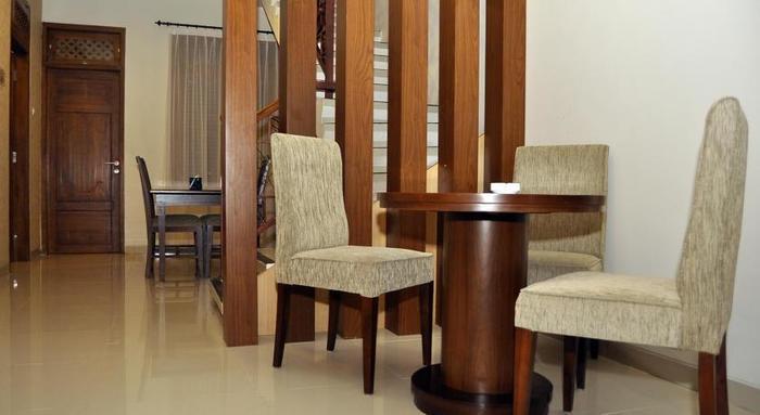Gambir Anom Hotel & Villa  Solo - Ruang Tamu