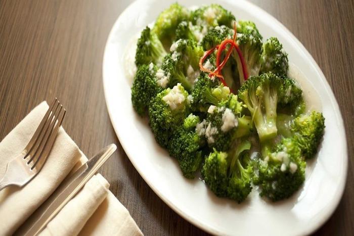 Hotel Jentra Malioboro - Brokoli Garlic