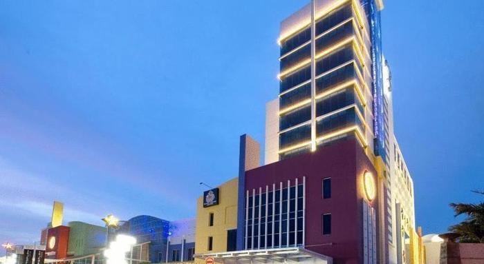 Hotel TS Suites Surabaya - Appereance1