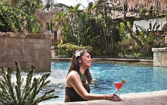 Novotel Bali Benoa - Poolside Bar