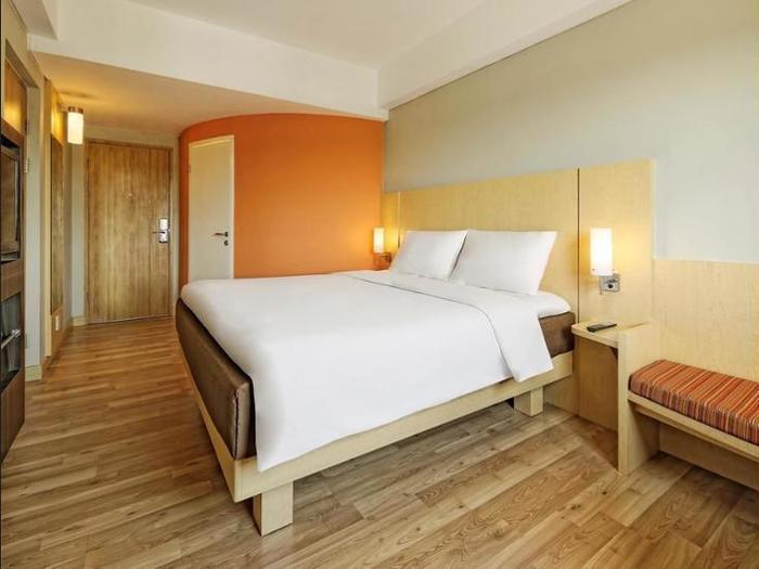 Hotel Ibis Padang - Outdoor Pool
