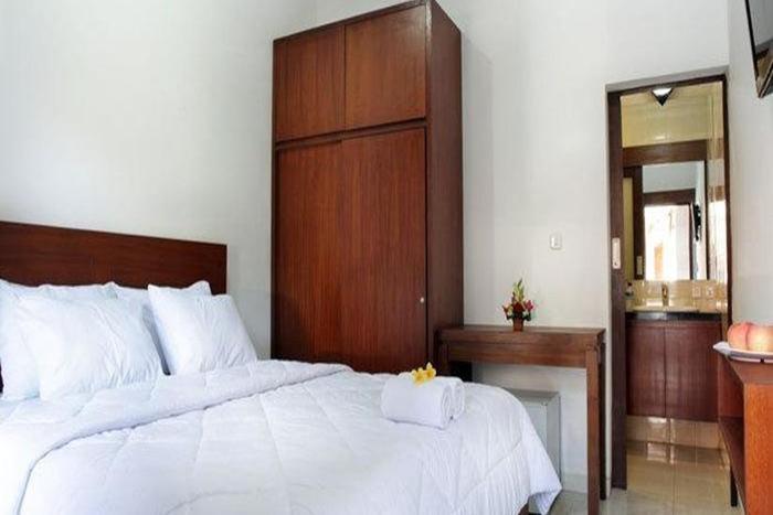 Puri Jayaraja Guest House Bali - Kamar tamu