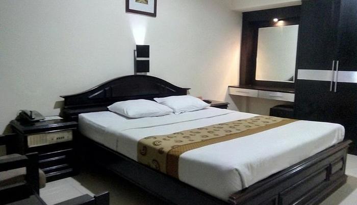 Hotel Penataran Asta Kediri - Deluxe King