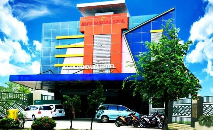 Jelita Bandara Hotel Banjarbaru - Tampilan Luar Hotel