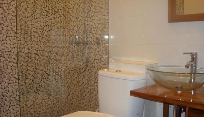 Hasanah Buring Guest House Malang - Kamar mandi