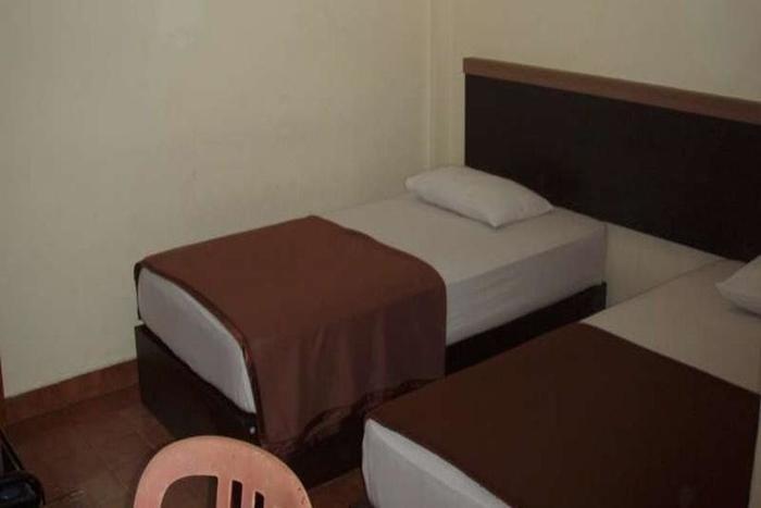 D Lira Syariah Hotel Pekanbaru - Kamar Tamu