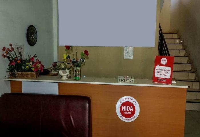 NIDA Rooms Medan Istana Maimun Indah Medan - Resepsionis