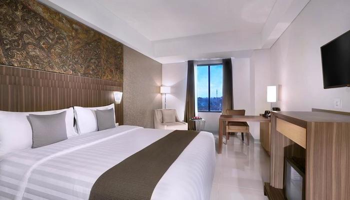 Neo+ Awana Yogyakarta - Superior Room