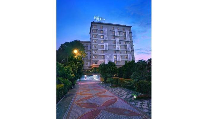 Neo+ Awana Yogyakarta - Exterior