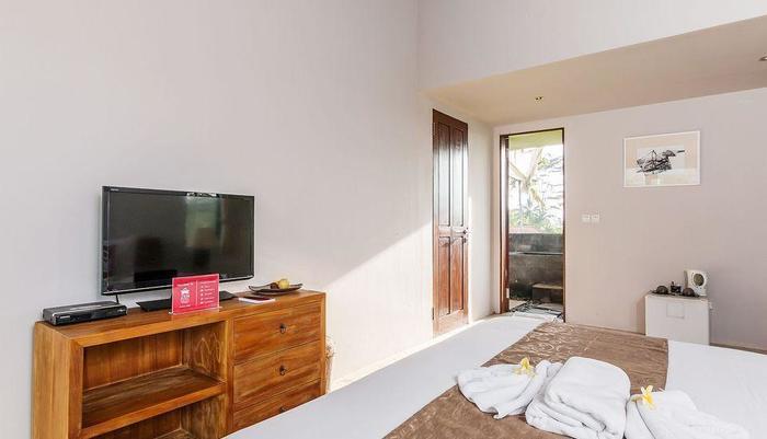 ZenRooms Kedisan Tegal Alang Ubud Villa Bali - Tempat Tidur Double