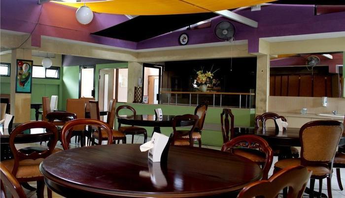 NIDA Rooms Semarang Veteran - Restoran