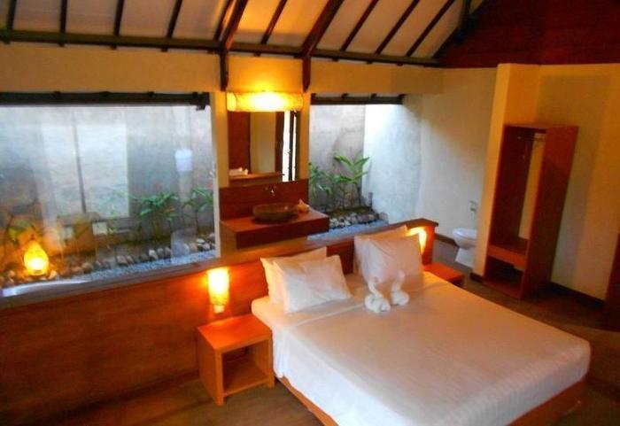 The Batu Villas Malang - Romantic Cottage