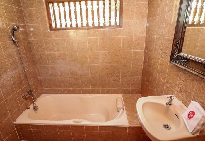 NIDA Rooms Ubud Pengosekan Mas Bali - Kamar mandi