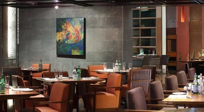 Ayana Midplaza Jakarta - Scusa Italian Restaurant