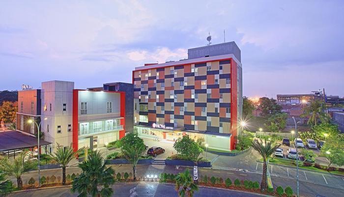 Hom Hotel Tambun - @HOM Hotel Tambun Building