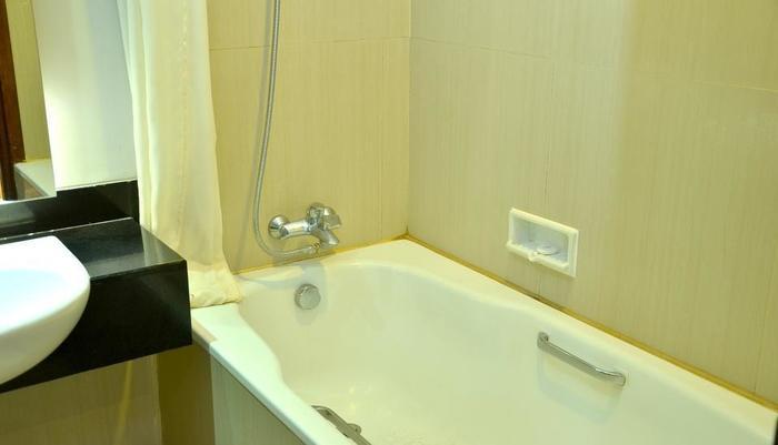 Hotel Horison Malang - Bathroom