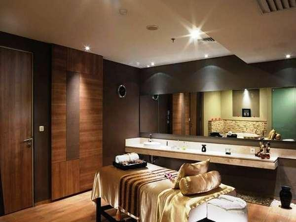 Aston Primera Pasteur - Grand Odiseus Spa
