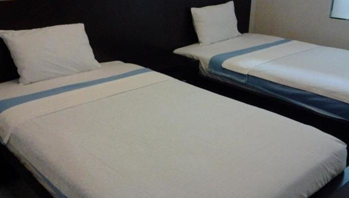 Dpavilion Guesthouse Malang - Rooms