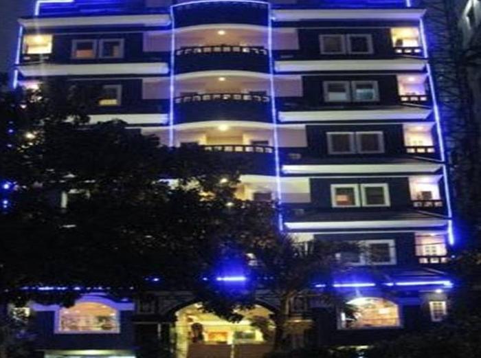Takes Mansion Hotel Jakarta - Hotel Building