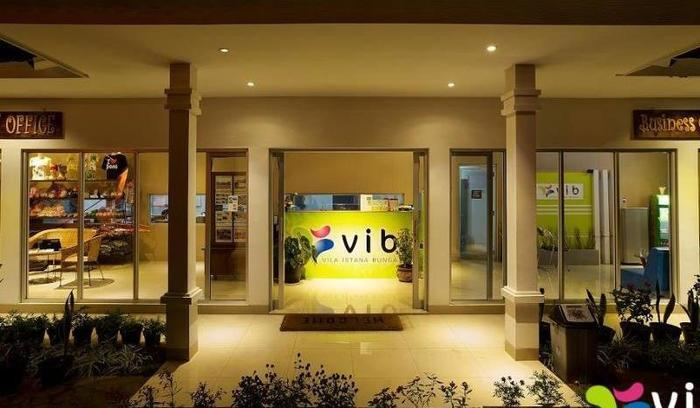 2 Bedroom Private Villa by Villa Istana Bunga Bandung - Villa Lobby