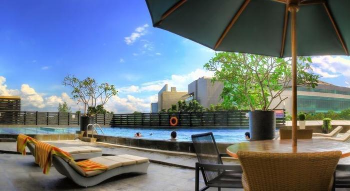 The Arista Hotel Palembang - Kolam Renang