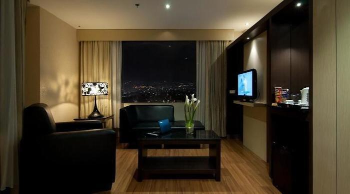 Hotel Aria Gajayana Malang - Suite