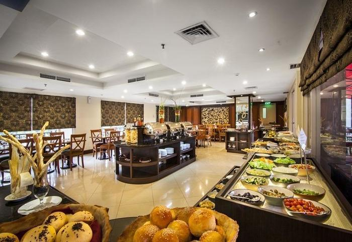 Arion Swiss Belhotel Kemang - Swiss Cafe