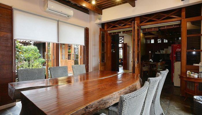 ZEN Premium Tegal Panggung Danurejan Yogyakarta - Ruang makan