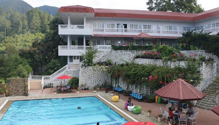 Parapat View Hotel Parapat - kolam renang