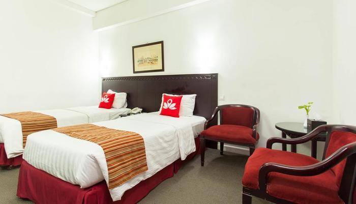 ZEN Premium Menteng Syariah Jakarta - Tempat tidur Twin