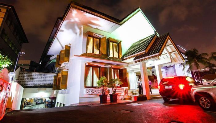 ZEN Premium Menteng Syariah Jakarta - Tampak luar