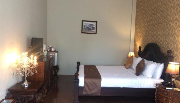 Hotel Safira Magelang - Junior Suite