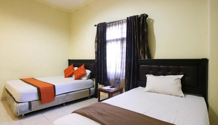 Hotel Syariah Walisongo Surabaya Surabaya - Family Room