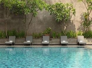 Hotel Santika Semarang - Pool